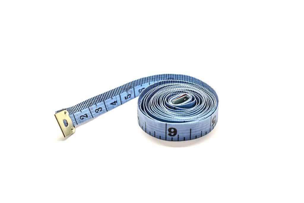 tape measure on a blank screen